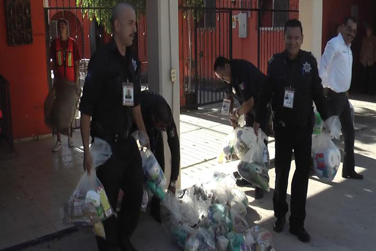 policia_donacion